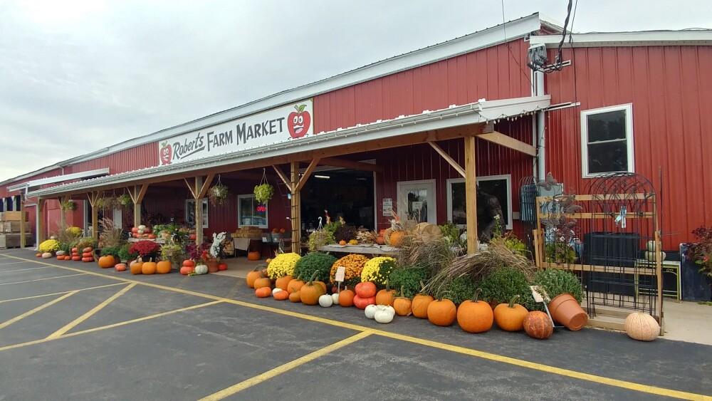 Roberts Farm Market In Medina Ny